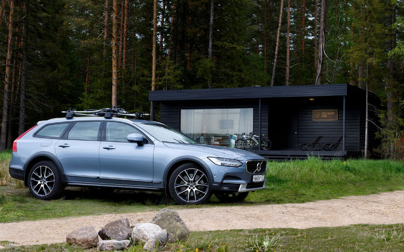 209975_volvo_cars_pop_up_cross_country_house_b.jpg