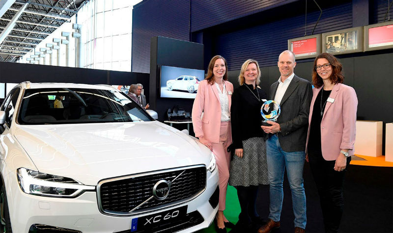 251383_volvo_cars_sustainability_ambitions_recognised_at_plastics_recycling_awards_b.jpg