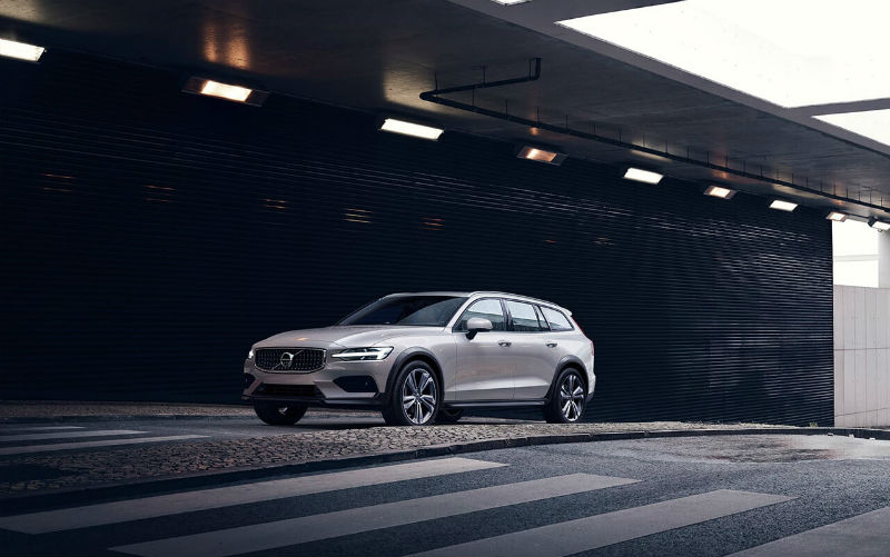 volvo-v60-cross-country-big3.jpg
